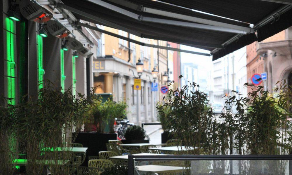 rosen bar outside
