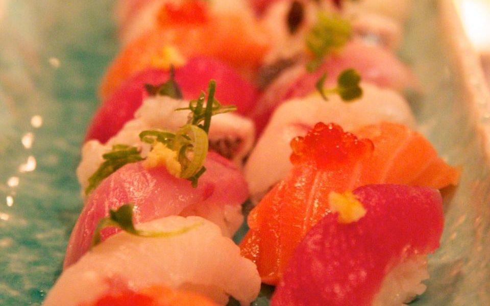 blue light yokohama sushi
